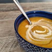Velouté de carotte, lentilles et curry